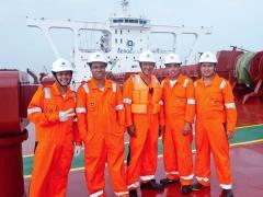 Berge Neblina Crew on Deck.jpg